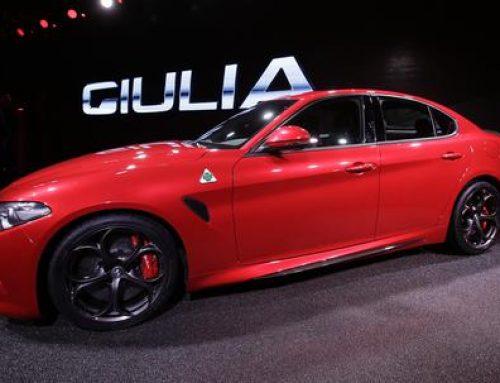 Alfa Romeo Giulia in finale per il titolo di Car of the Year 2017