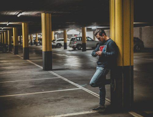Parcheggiatore abusivo: se chiede soldi è estorsione