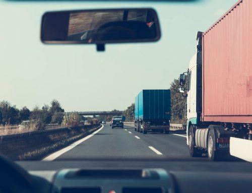 Incidenti camion: l'UE diminuisce le ore di riposo per gli autotrasportatori