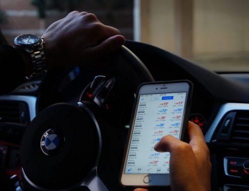 Cellulare alla guida: meno notifiche, meno incidenti